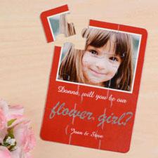 Rompecabezas rojo como invitación personalizada, Quiéres ser mi niña de las flores?