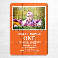 Rompecabzeas como invitación de color naranja con foto para el cumpleaños