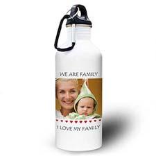 Botella de agua personalizada con foto y de pequeños corazones dulces
