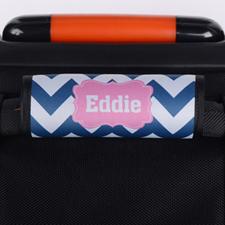 Envoltura de asas de equipaje personalizada con chevron marino color rosa.