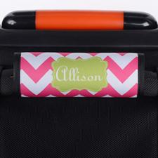 Envoltura de asas de equipaje personalizada con chevron de color rosa caliente.