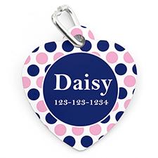 Placa de mascota personalizada con forma de corazón con diseño ¨Lunares¨en color azul marino y rosa