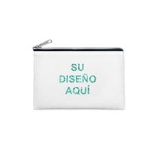 Bolsa cosmética con texto y brillo. Cierre color plateado. Tamaño: 8.8x15.2 cm