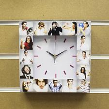 Reloj personalizado con collage de 16 fotografías en blanco