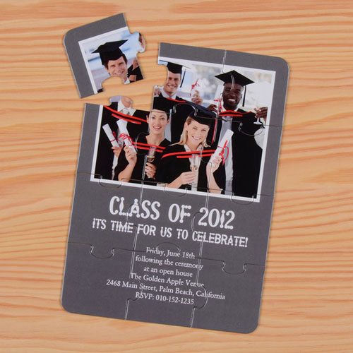 Rompecabezas personlizado como invitación a al graduación de las clases